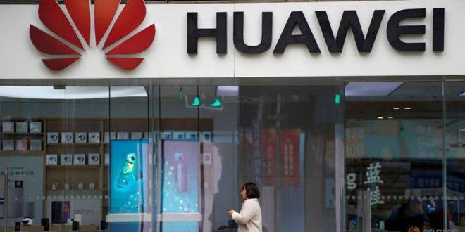 Sankce USA prý Huawei nezastaví: Analytici letos očekávají 260 milionů prodaných smartphonů