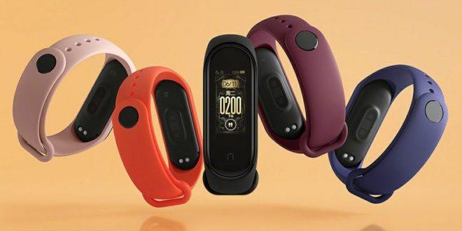 O Xiaomi Mi Band 4 je zájem. Výrobce prodal přes milion kusů