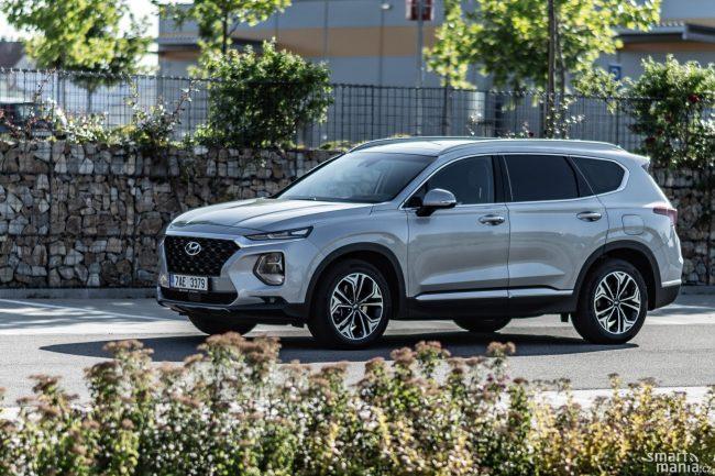 Santa Fe není žádný nováček, i v Česku patří mezi oblíbené SUV.