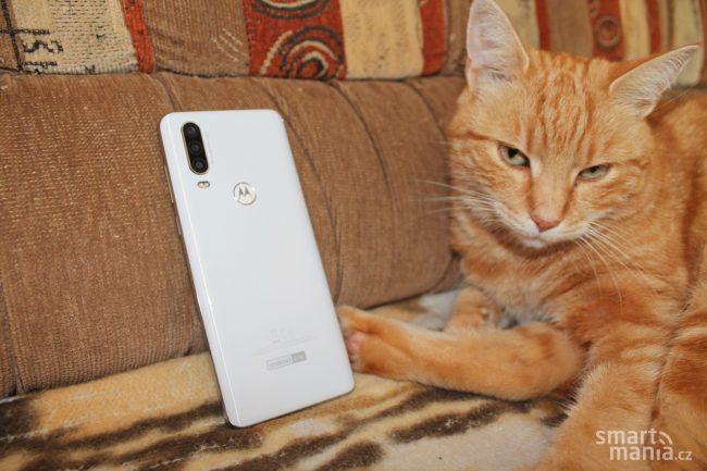 Motorola One Action 13