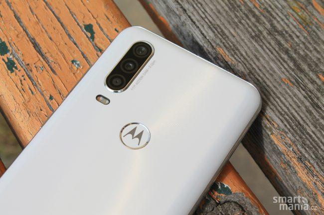 Motorola One Action 15