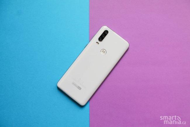 Motorola One Action 6