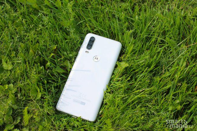 Motorola One Action 8