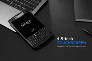 Qwerty phone Unihertz Titan 1