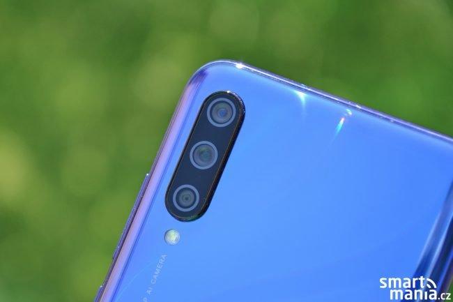 Xiaomi Mi A3 - tři zadní fotoaparáty