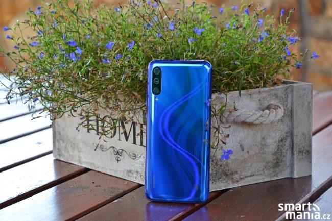 Xiaomi Mi A3 ve variantě Not just Blue