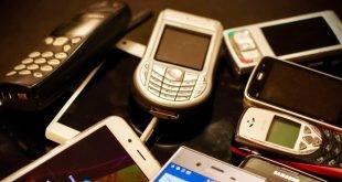 nejvyznamnejsi telefony 30 let
