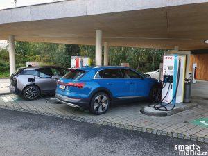 Audi etron 02