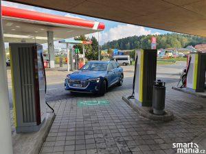 Audi etron 03