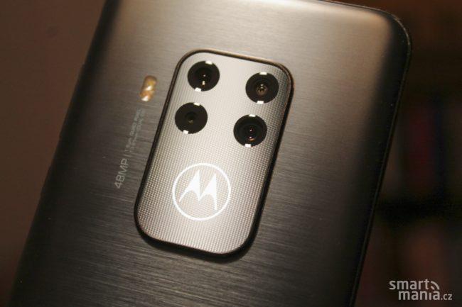 Motorola One Zoom 3