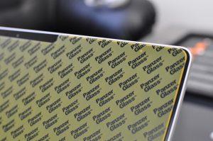 recenze surface panzerglass 18