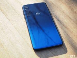 Motorola One Macro 06