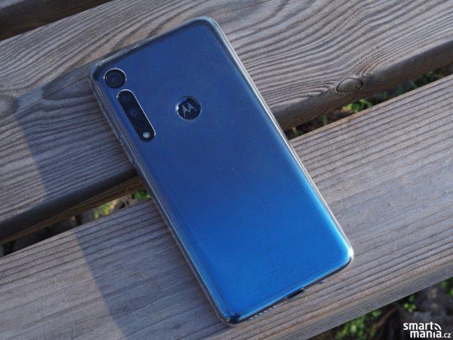 Motorola One Macro 11