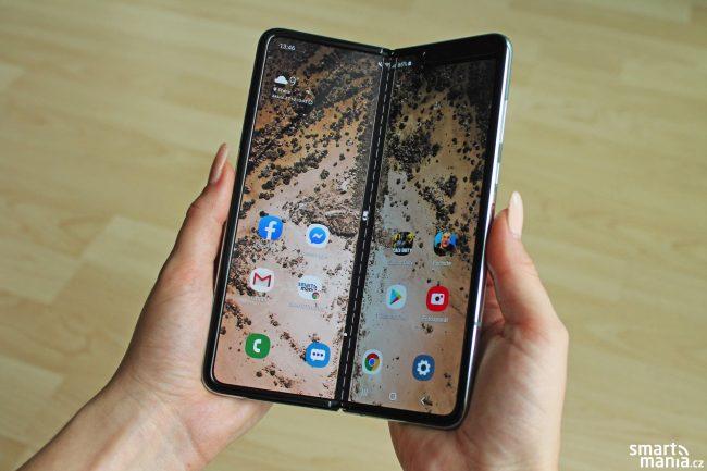 Samsung Galaxy Fold 11