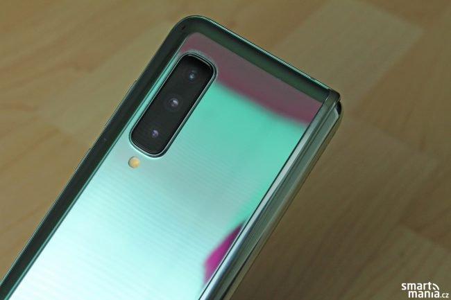 Samsung Galaxy Fold 17