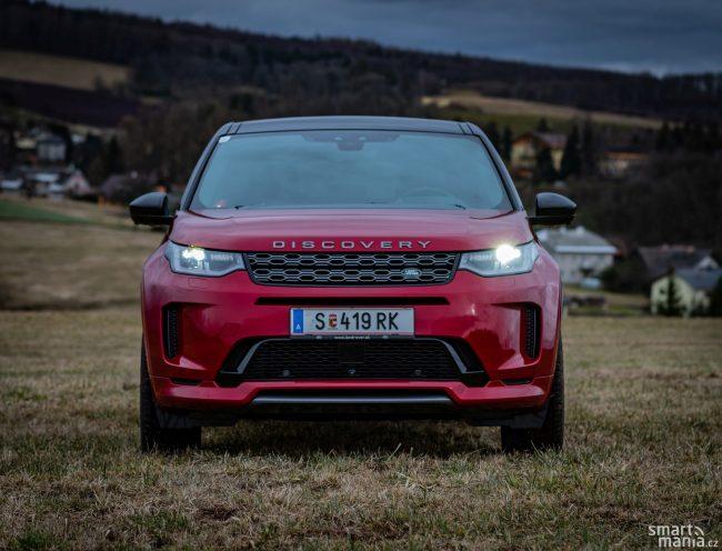 Land Rover se moderního designu vážně nebojí.