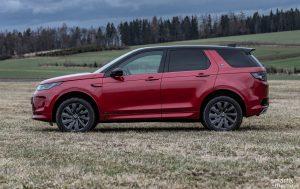 Discovery Sport je vstupním modelem automobilky Land Rover, ale nejde o žádného drobka.