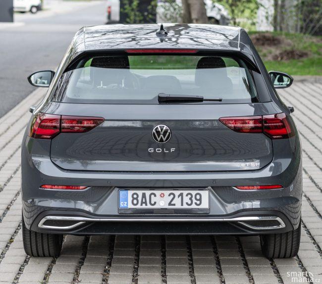 Nový hybridní motor nese označení eTSI. Pokud se řidič snaží, umí být velmi úsporný.