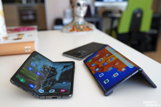 Fold Mate Xs ohebny telefon