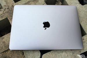MacBook Air 2020 05