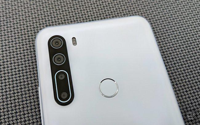 HTC U20 04