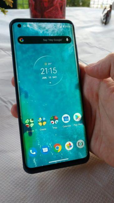 Motorola Edge vadny displej 02 1