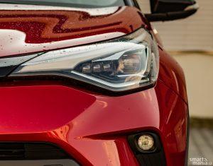Kromě výkonnějšího motoru přinesl facelift také parádní LED světlomety.