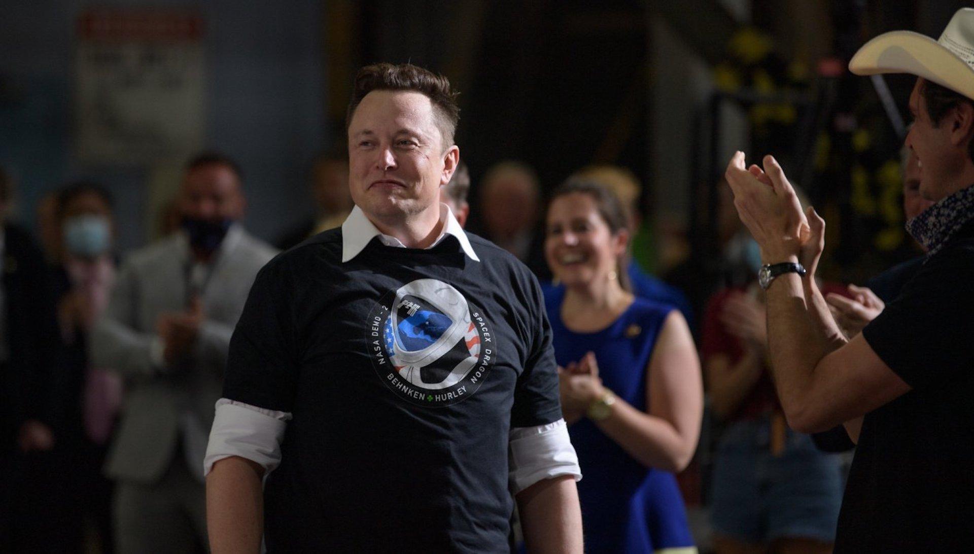 Elon Musk: velký rozhovor o symbióze s AI, koronaviru a prodeji veškerého majetku