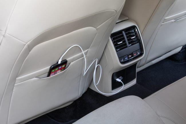 Škoda Octavia USB-C