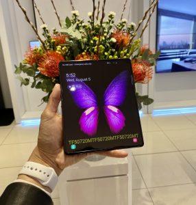 Galaxy Z Fold 2 real 3