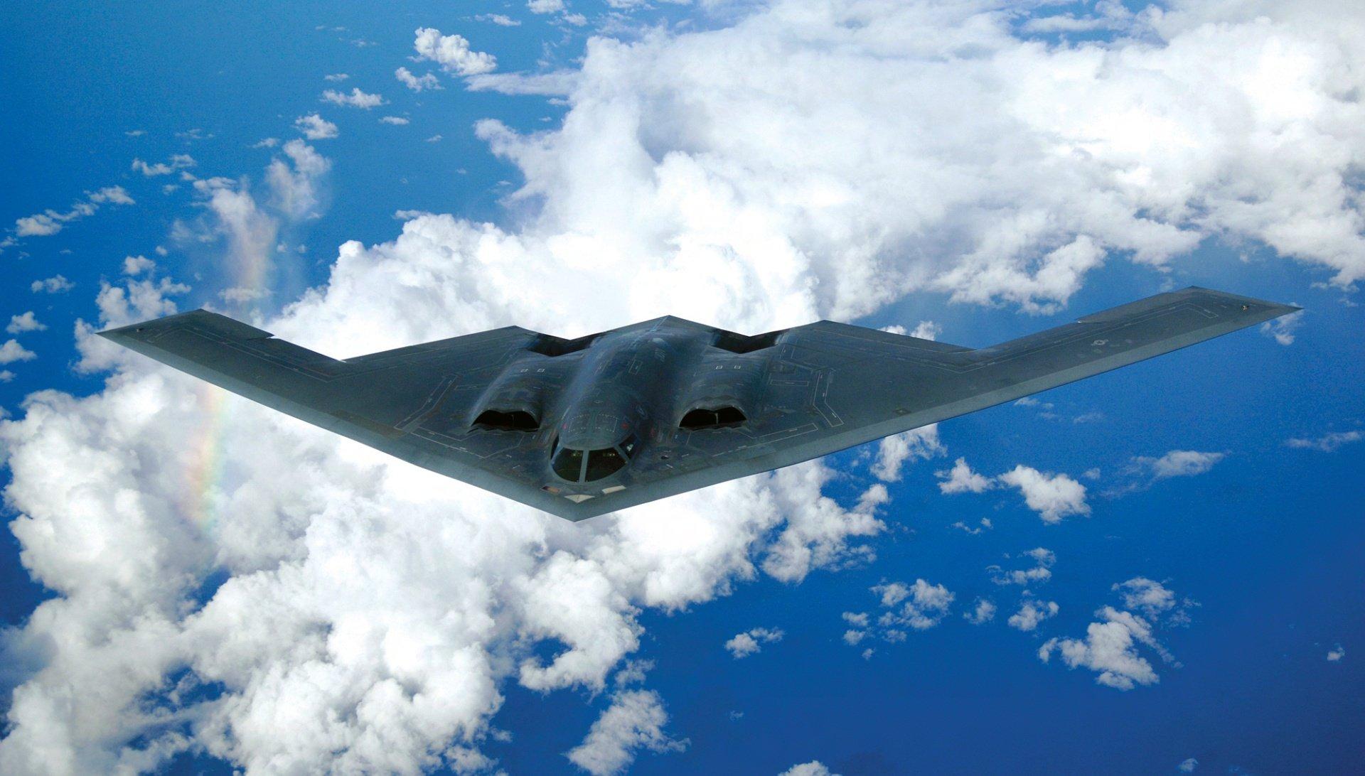 """""""Neviditelný"""" bombardér B-2 Spirit: nejdražší letadlo světa vzniklo pro válku, která se nekonala"""