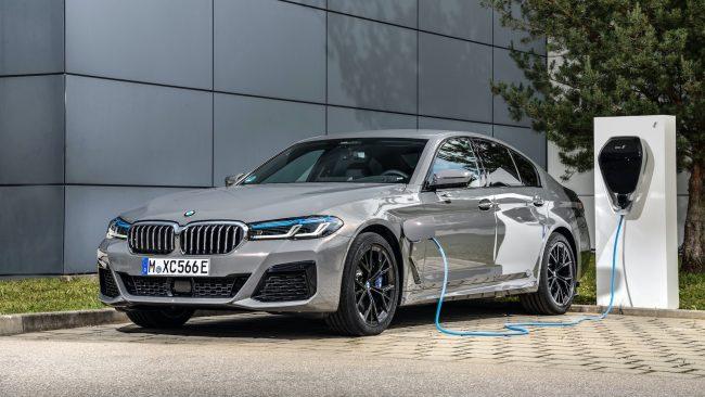 Plugin hybridni BMW rady 5