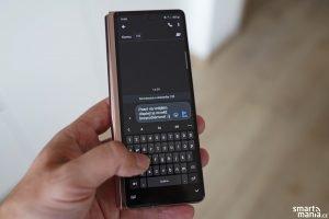 Samsung Galaxy Z Fold 2 26
