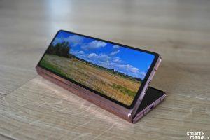 Samsung Galaxy Z Fold 2 45