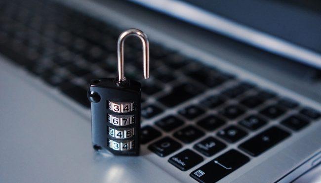 bezpecnost zamek hack