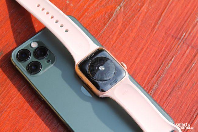 Apple Watch SE 23