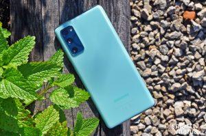 Samsung Galaxy S20 FE 009