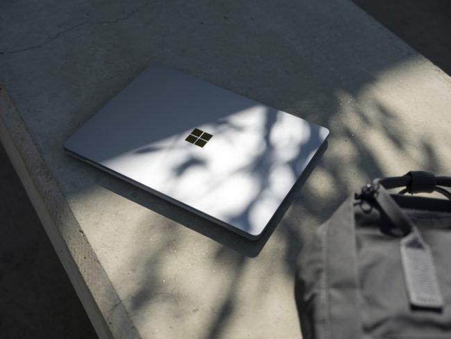 surface laptop go 11