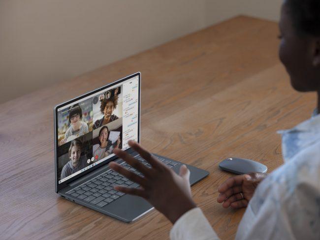 surface laptop go 27