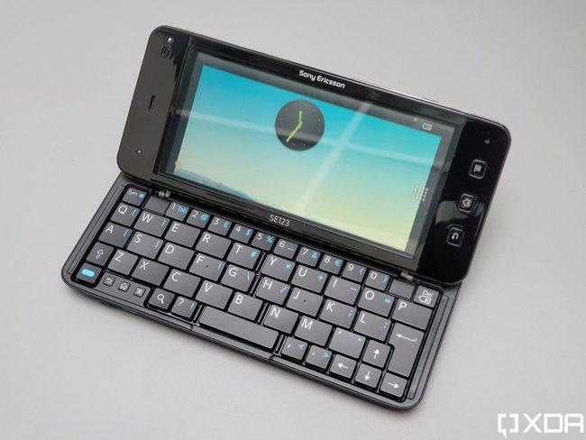 Sony Ericsson VAIO prototyle