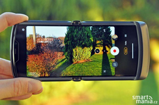 Motorola Razr 5G 2020 020