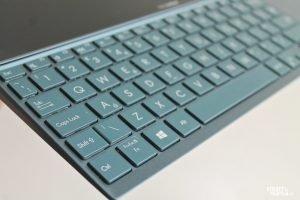 Asus ZenBook Duo UX482 6