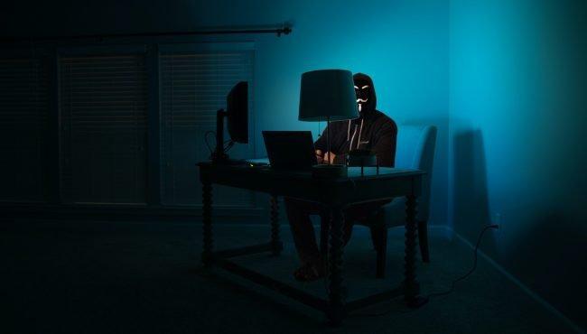 hacker uvodka