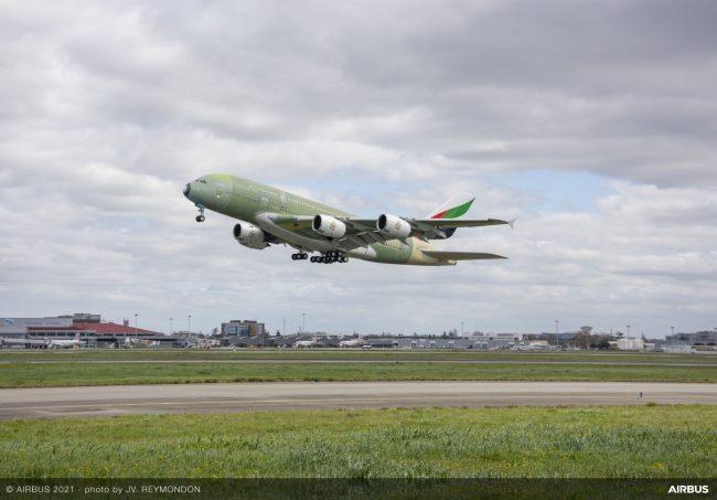 A380 Emirates MSN272 First Flight 1