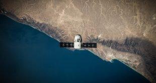 jumpstory rocket satelite satelit raketa 1