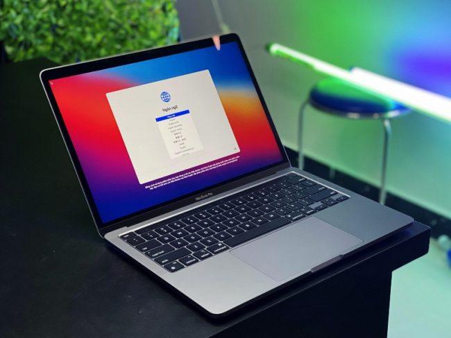 800 600 M1 MacBook Pro
