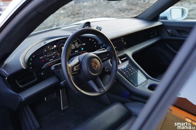 Porsche Taycan Turbo 36