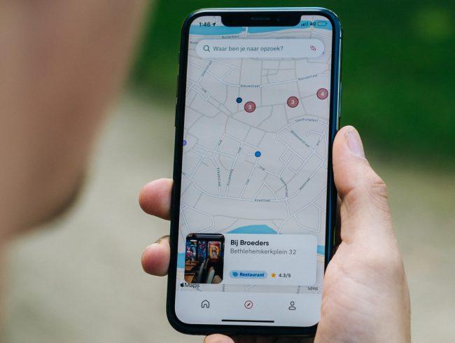 apple maps mapy unsplash