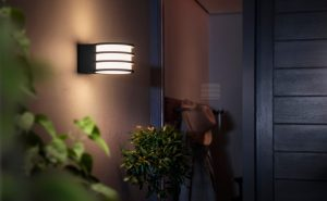 philips hue lucca 3