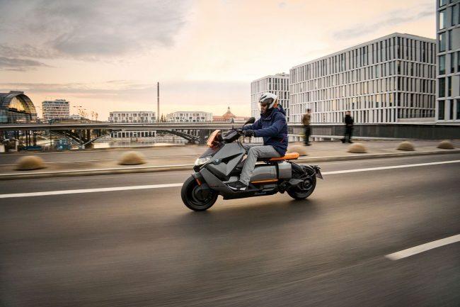 BMW CE 04 4